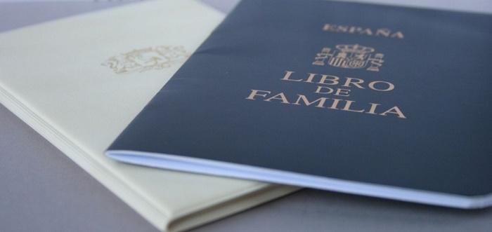 Libro De Familia. Cómo Solicitar Un Duplicado Y Más